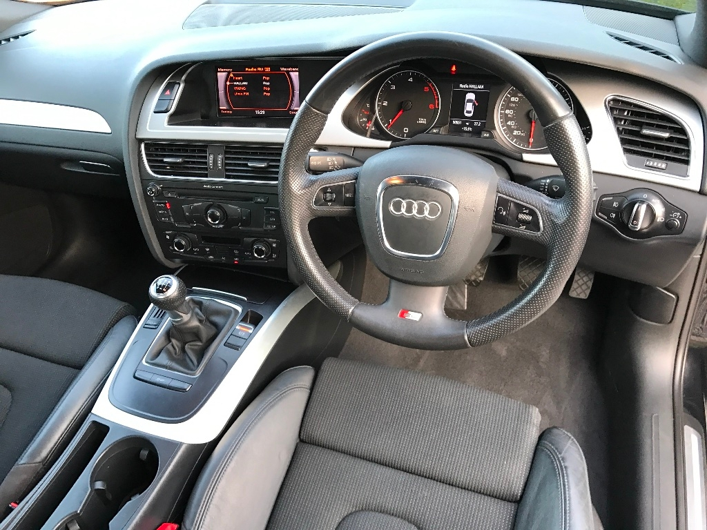S Line 2010 V 2011 Interior Seems Different Audi A4 B8 Forum Audi Owners Club Uk